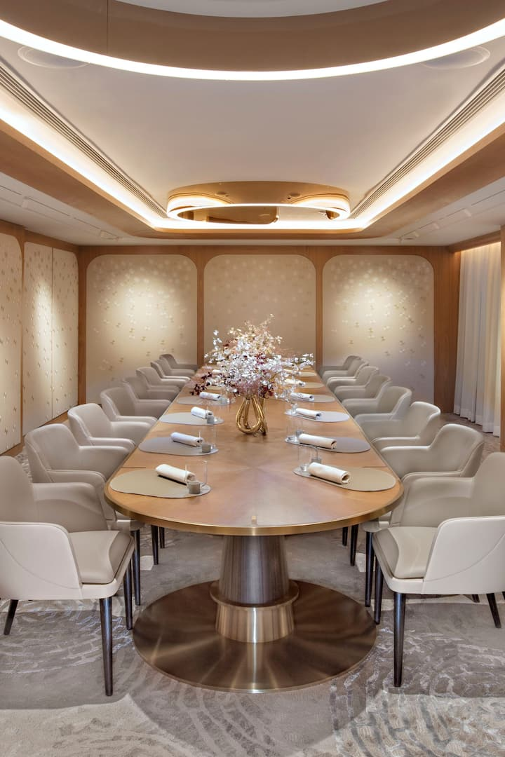 amber private dinning room at the landmark mandarin oriental, hong kong