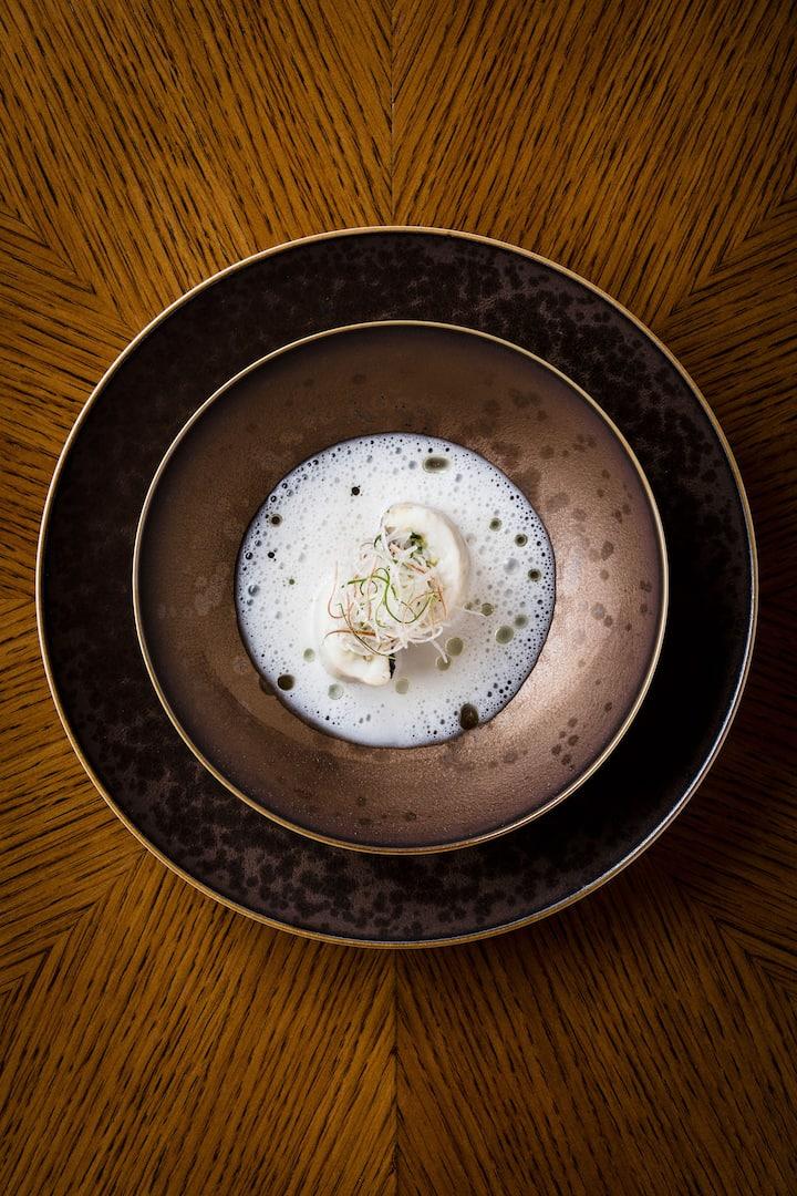 赤甘鯛 ˚ 挪威海螯蝦 ˚ 科隆塔納豬油膏 ˚ 蘘荷 ˚ 清酒酒糟