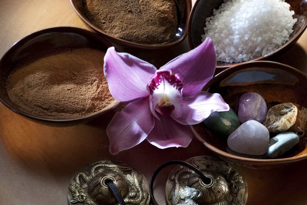 spa details at mandarin oriental, hong kong