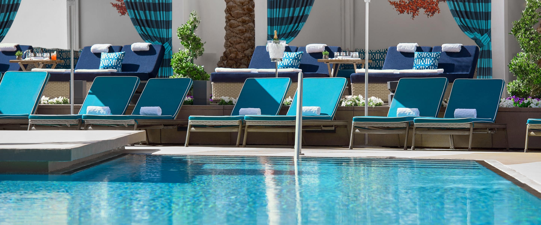 Pool Cafe - Cafes On The Strip | Mandarin Oriental, Las Vegas