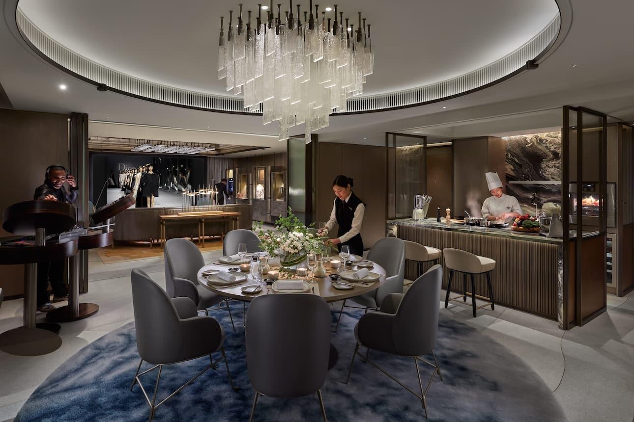 Luxury 5 Star Hotel