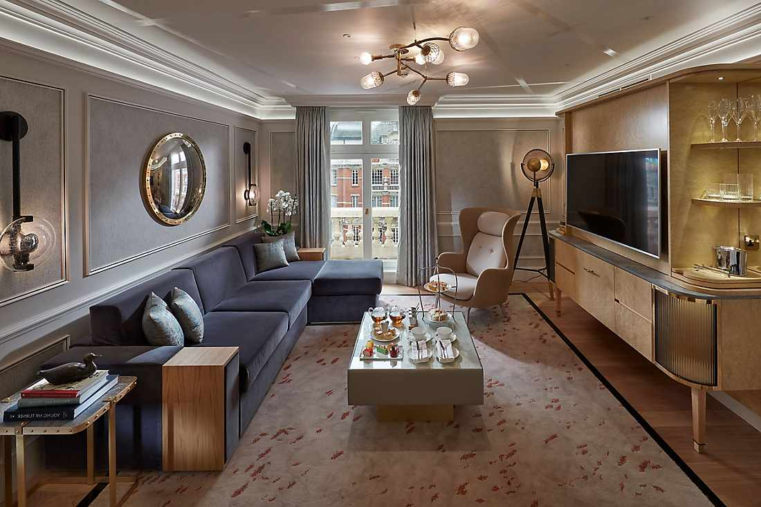 Knightsbridge Suite living room