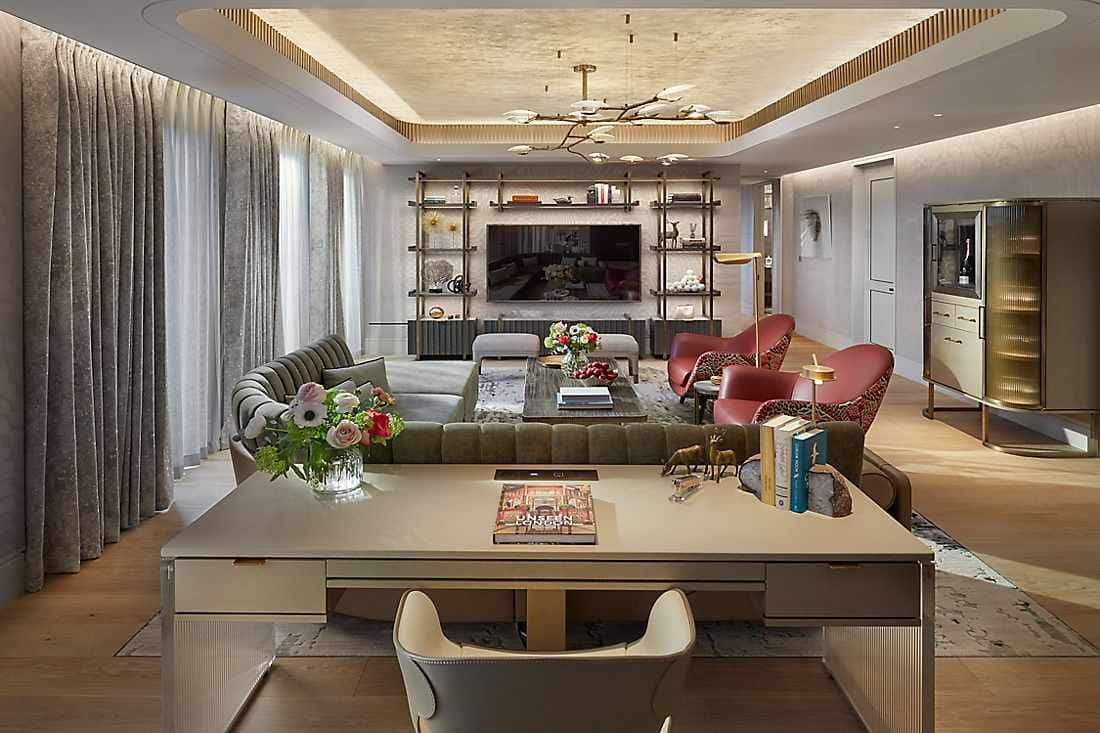 Mandarin Penthouse living room