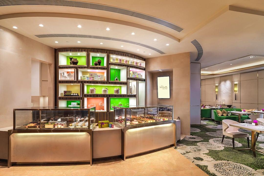 cake shop counter at mandarin oriental, macau