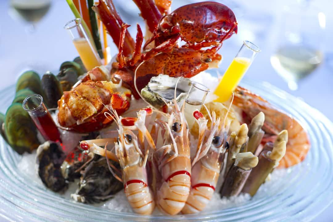 seafood tower from vida rica at mandarin oriental, macau