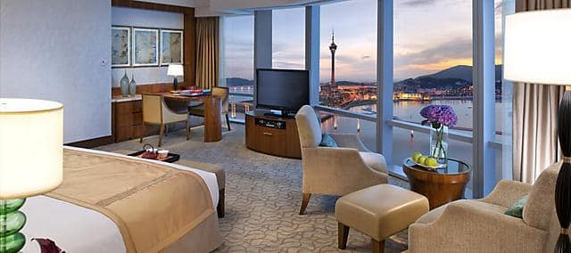 premier view room at mandarin oriental, macau