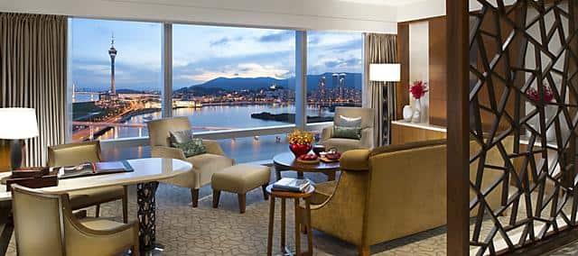 deluxe suite at mandarin oriental, macau