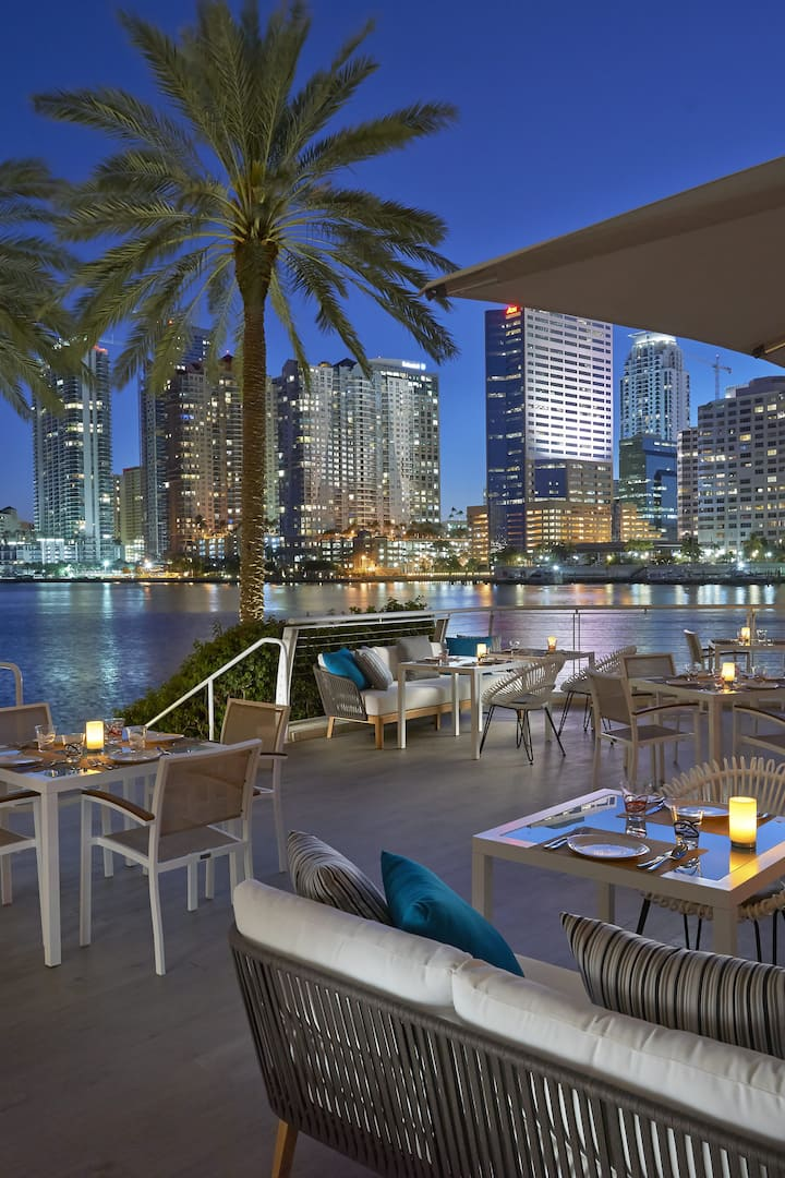 Luxury Hotels Miami Brickell Mandarin Oriental Miami Fl