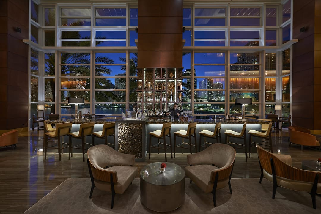 Mo Bar Lounge Bars In Brickell Mandarin Oriental Miami