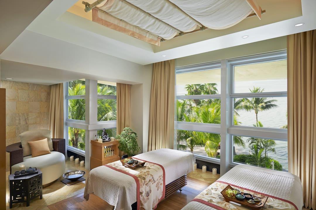 spa couples suite