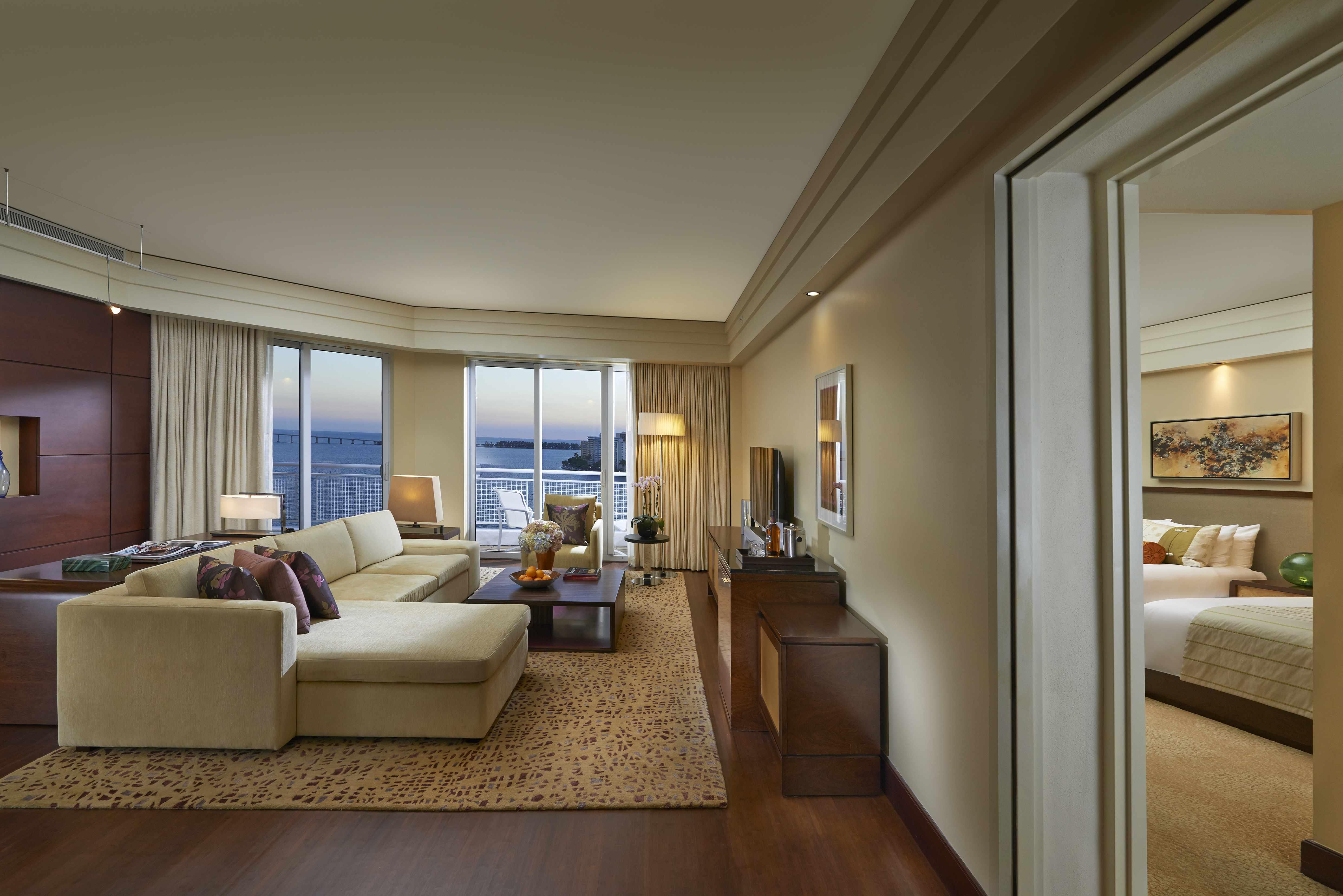 2 Bedroom Suites In Miami >> Premier Bay View 2 Bedroom Suites Mandarin Oriental Miami