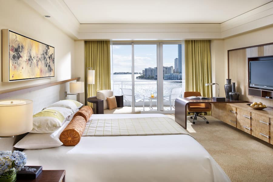 Deluxe Bay View Room Miami