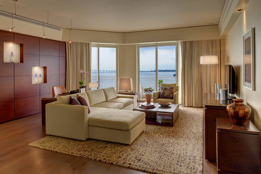 Premier Bay View Two-Bedroom Suite   Miami