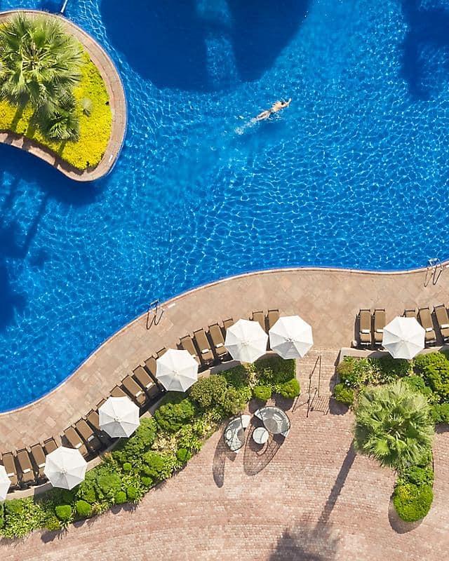 Pool at Mandarin Oriental, Santiago