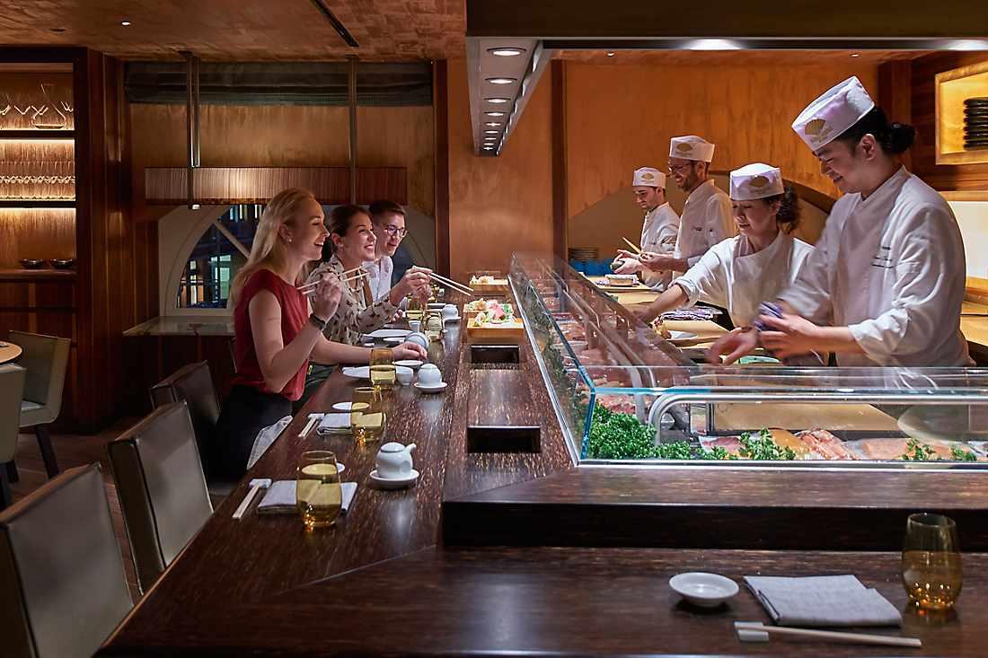 dining at matsuhisa sushi bar