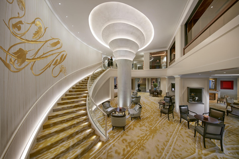 hotel presentation altstadt mandarin oriental munich. Black Bedroom Furniture Sets. Home Design Ideas