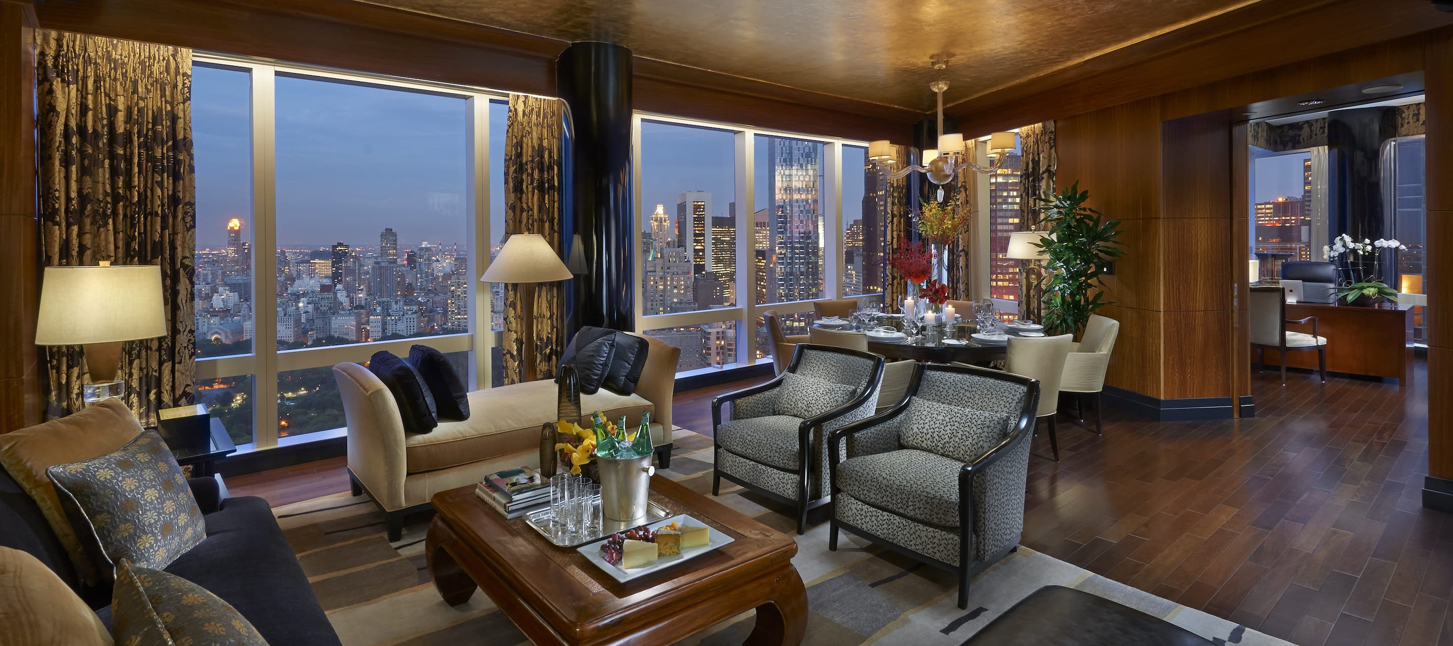 new-york-13-suite-oriental-living-room-0