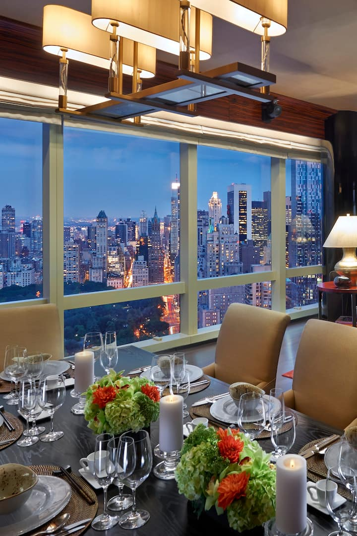presidential suite living room with view
