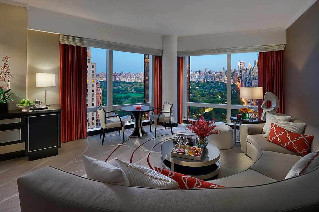 Hotel Accommodation Rooms Mandarin Oriental New York Living Room Bar