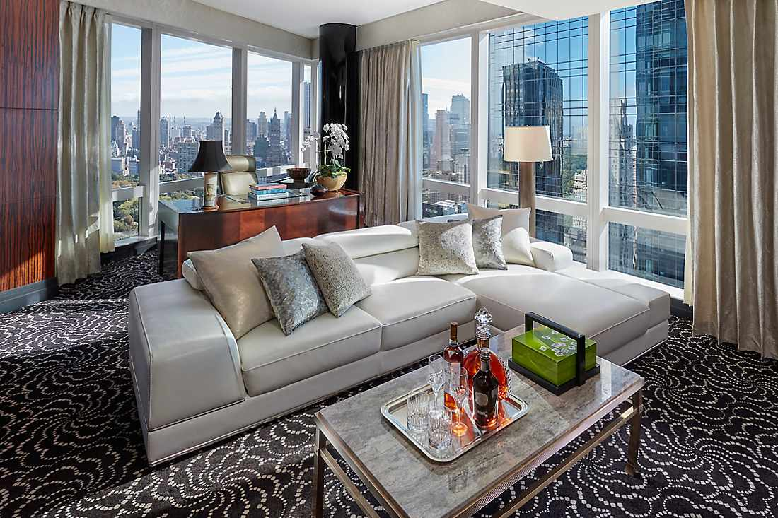 h bergements de luxe manhattan mandarin oriental new york. Black Bedroom Furniture Sets. Home Design Ideas