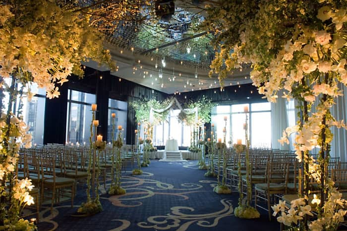 New york city wedding venues mandarin oriental new york for Outdoor wedding venues ny