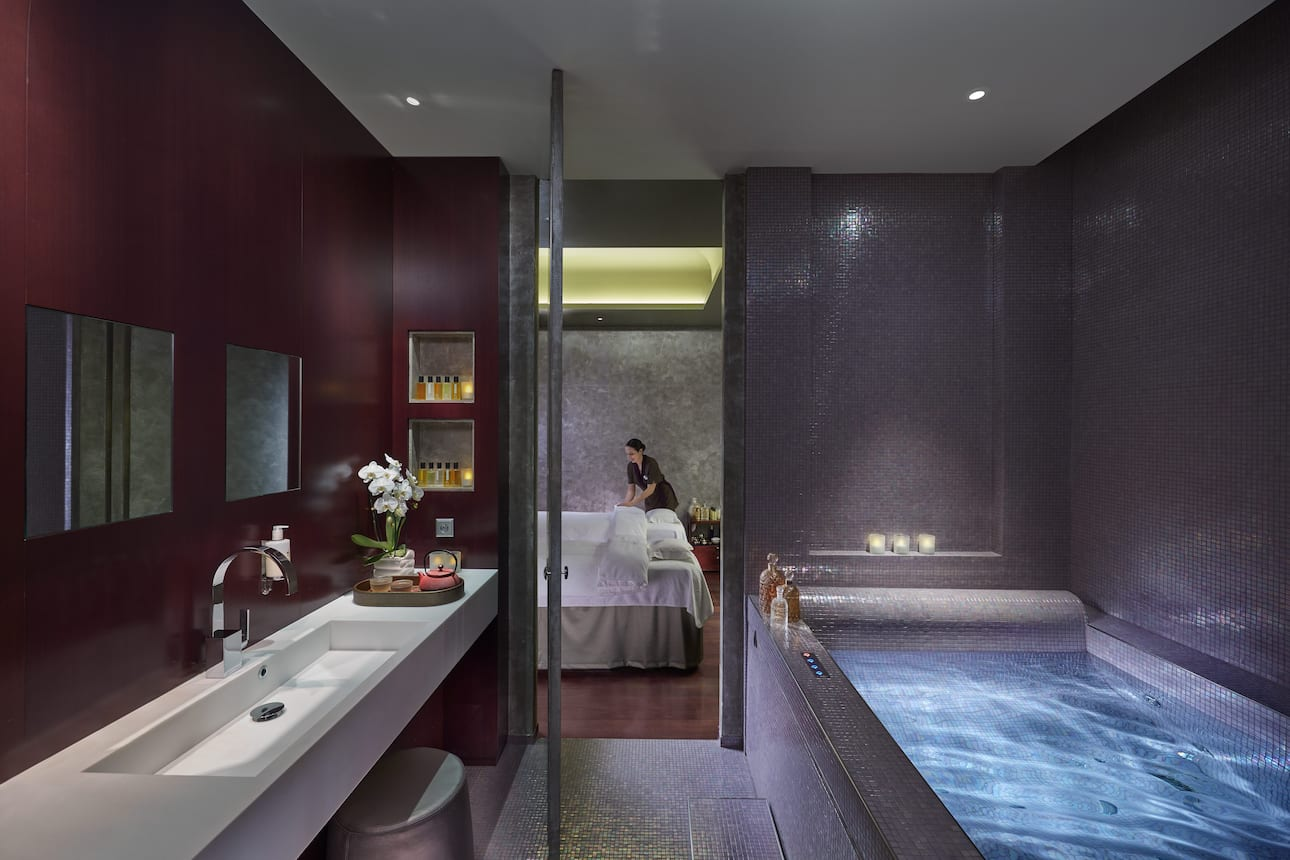 luxury wellness spa place vend me mandarin oriental paris. Black Bedroom Furniture Sets. Home Design Ideas