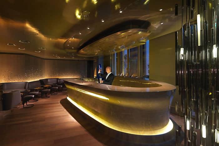 Bar 8 mandarin oriental hotel paris for Hotel design paris 8