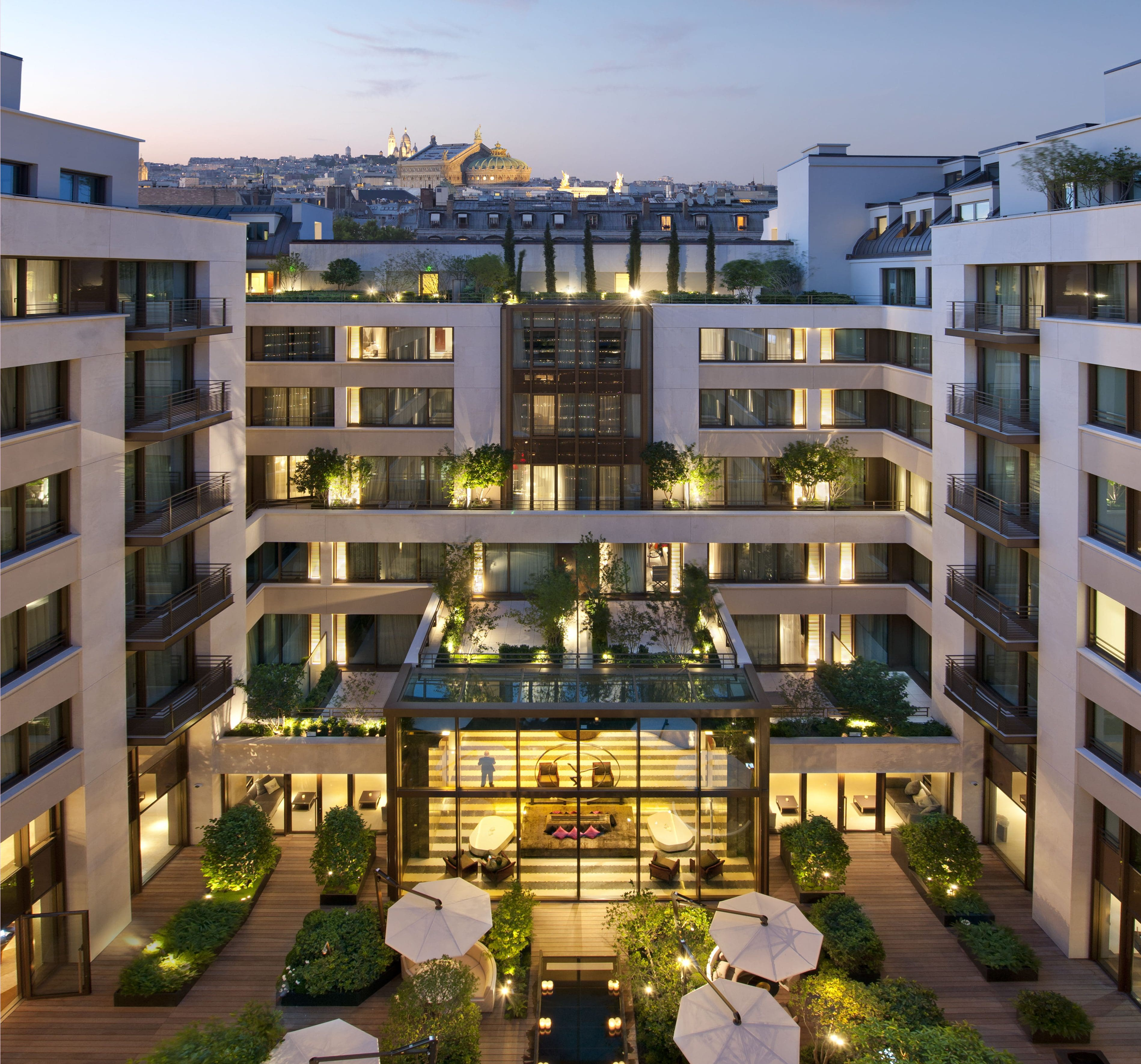 mandarin oriental hotel Comfortable stay in the north of thailand, luxurious accommodation in chiang mai.