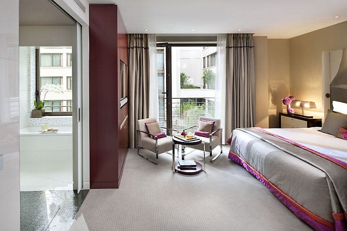 Luxury Paris Accommodation Deluxe Room Mandarin