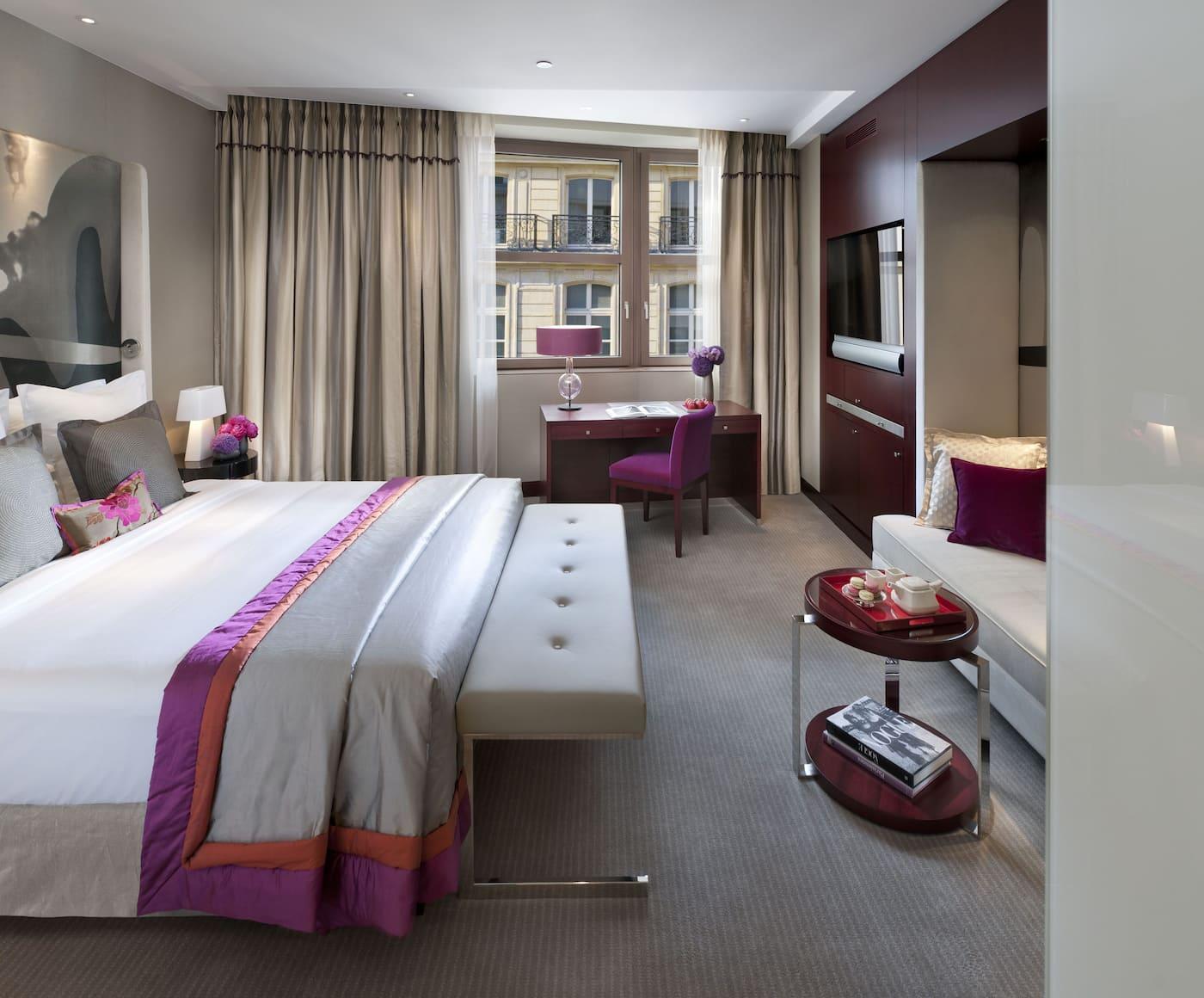 luxury hotels paris mandarin oriental paris. Black Bedroom Furniture Sets. Home Design Ideas