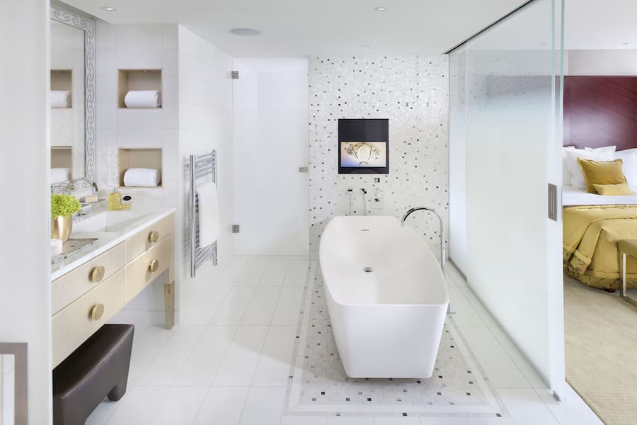 Luxuriöse Deluxe-Suite mit 5 Sternen   Mandarin Oriental, Paris