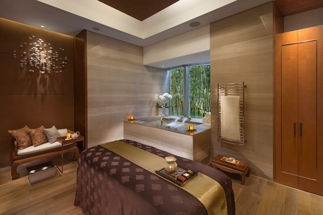 luxury wellness spa pudong mandarin oriental shanghai. Black Bedroom Furniture Sets. Home Design Ideas