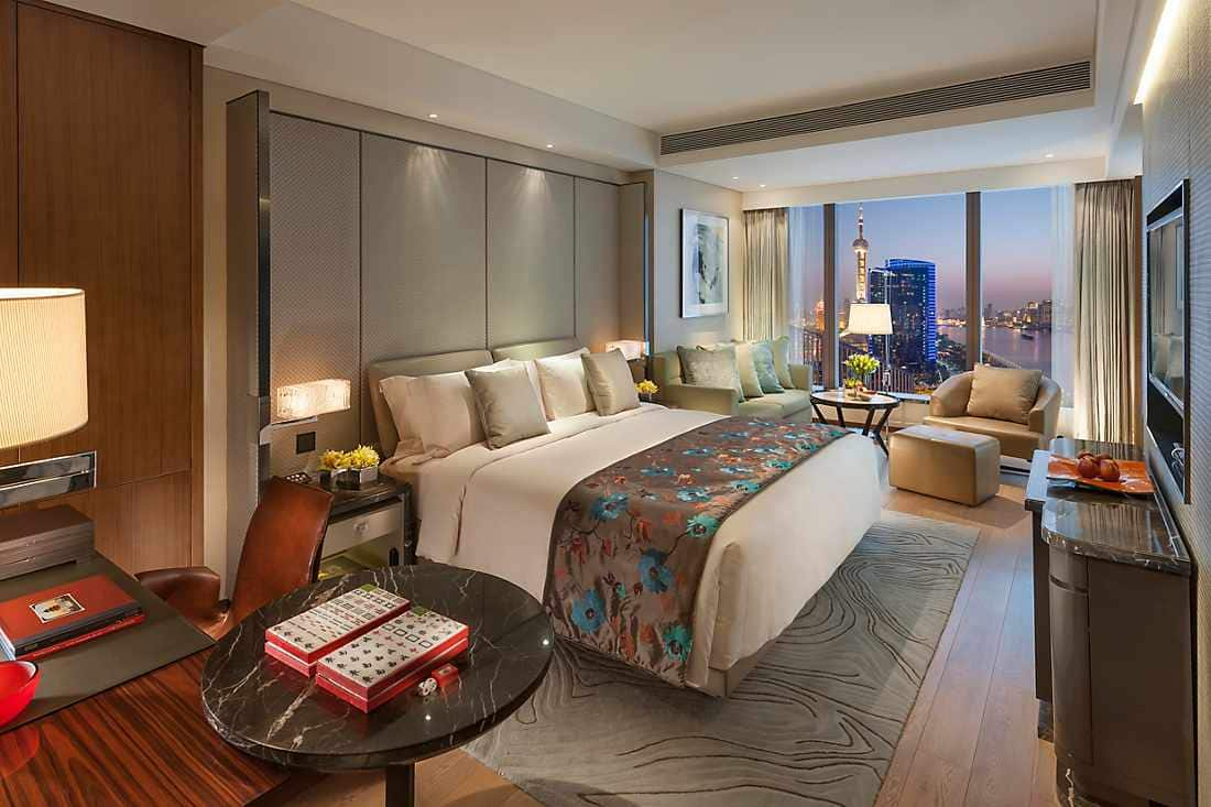 Mandarin River View Room