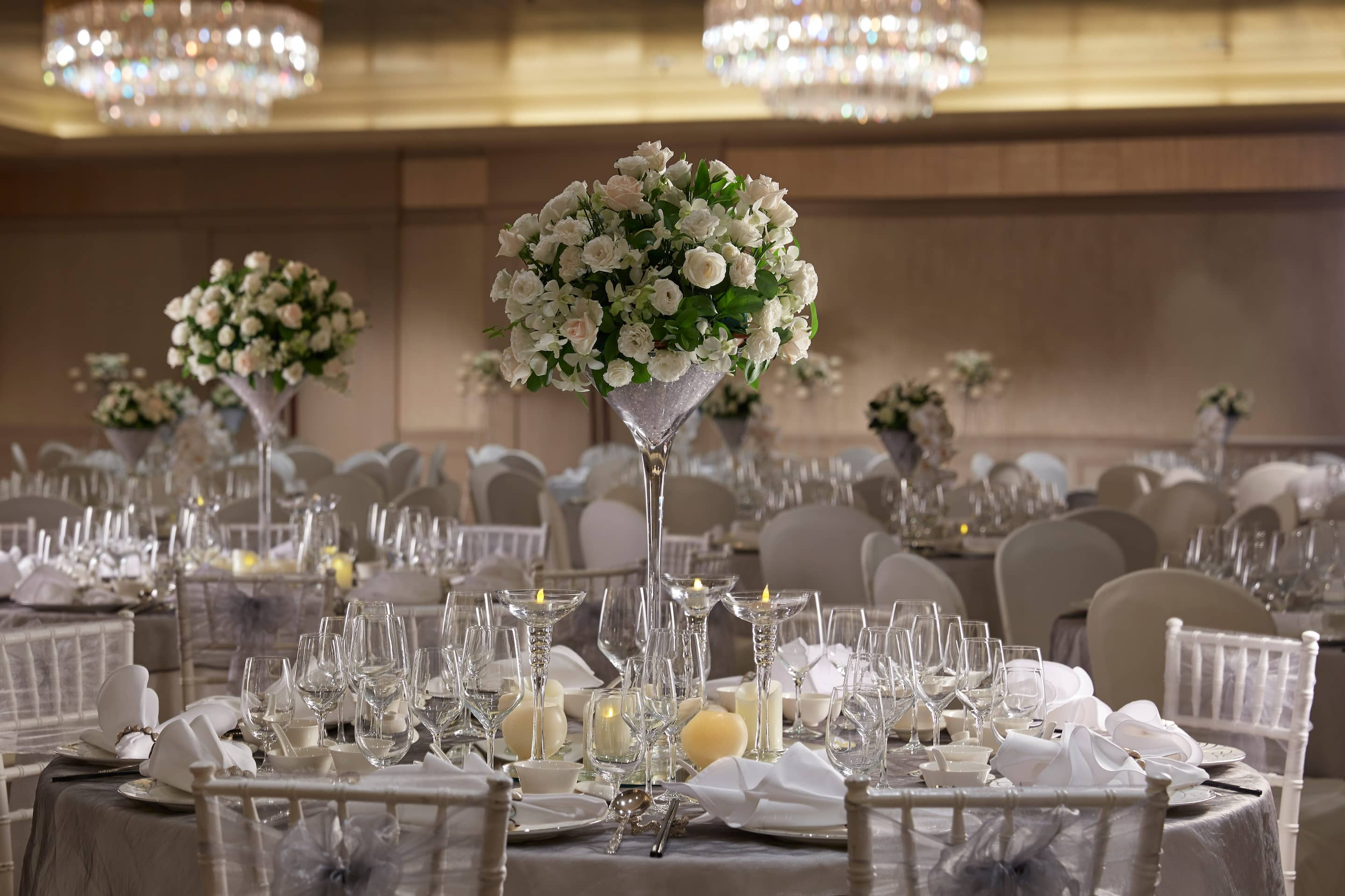 Luxury venue hotel singapore mandarin oriental singapore for Hotel wedding decor