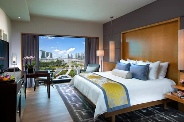 Luxury accommodations near marina bay mandarin oriental for W hotel in room dining menu singapore