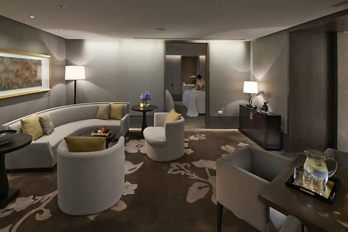 Luxury day spa taipei mandarin oriental taipei for Salon oriental