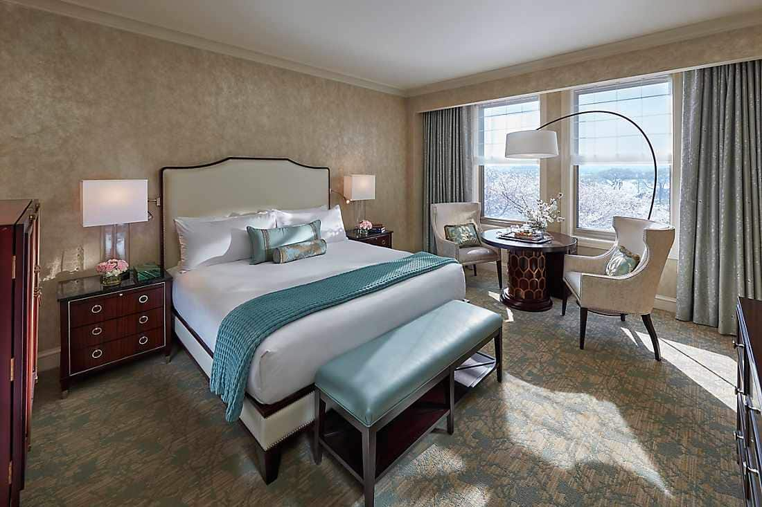 Luxury Accommodations Near National Mall Mandarin