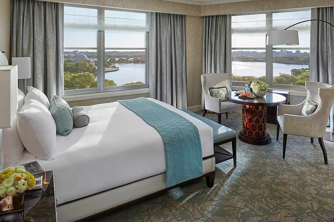 Premier Water View Room